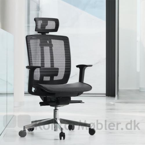 Air One kontorstol med nakkepude og krom stel