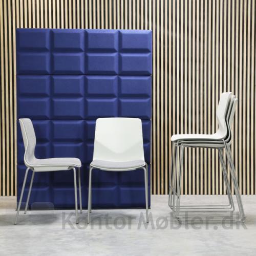 Four Sure stoleserie fra Four Design, med og uden polstring