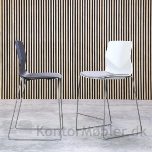 Four Sure barstol kan vælges med sædepolstring