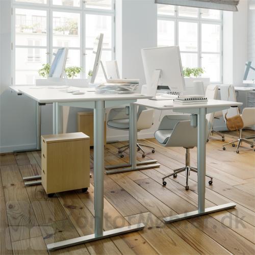 Conset 501-49 hæve sænke bord med alu ben
