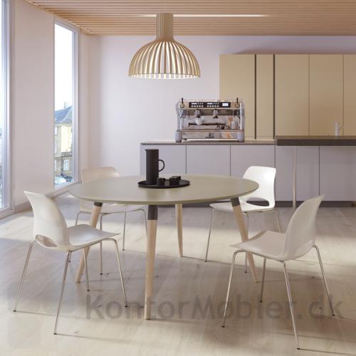 XL konferencebord med rund bordplade, kombineret med Frigg stole fra Dencon