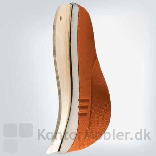 Younico kontorstol har 3D-rygstøtte med en skumtæthed på 50gr/dm3. Dette giver en komfortabel rygstøtte
