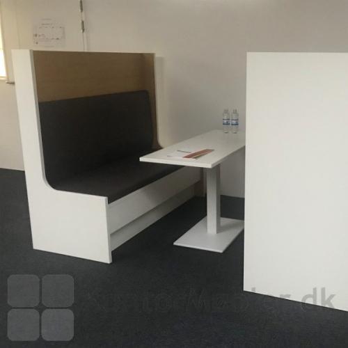 Kupé sofaen kan vælges i flere forskellige modeller - kontakt os for ydeligere information
