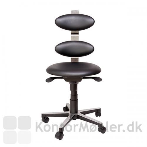 Spinella kontorstol kan nu vælges med sort læder eller kunstlæder i flere farver