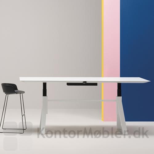 ARKI hæve sænke mødebord optimerer fleksibiliteten i hverdagen