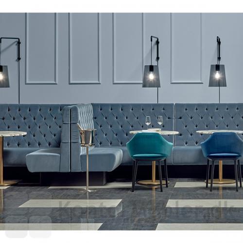 Inox cafébord skaber en hyggelig stemning i café, restaurant og hotel