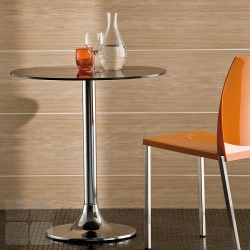 Dream cafébord skaber en hyggelig stemning i café eller restaurant