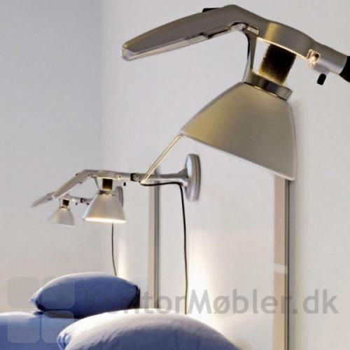 Fortebraccio væglampe har en on/ of switch på toppen af lampen