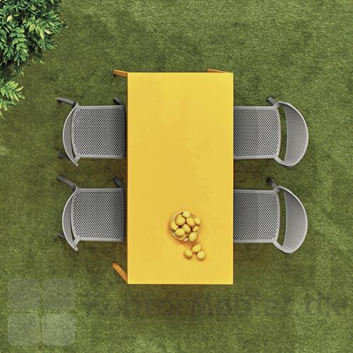 Dome stol er velegnet til udendørsbrug