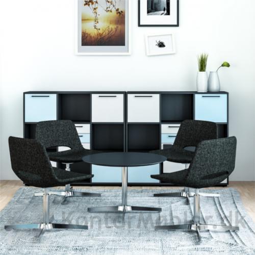 Skab med 9 rum har mange indretningsmuligheder