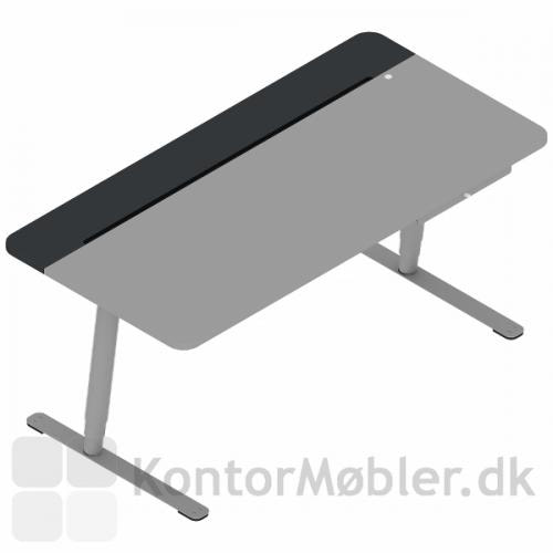 V7 design hæve sænke bord har nem adgang til kabelbakken via knap, læs manual under udvidet information