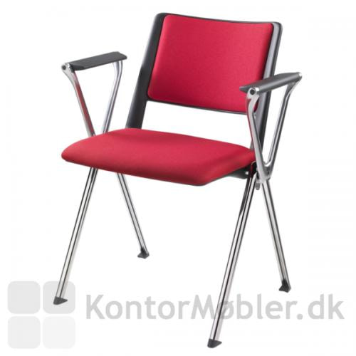 Rave med polstret sæde, krom ben og armlæn i poleret aluminium