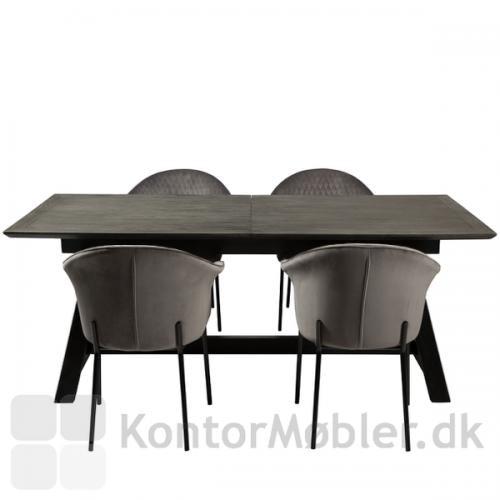 Dumas mødebord i et rustikt og solidt design