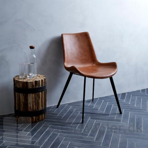 Hype stol i lysebrun kunstlæder