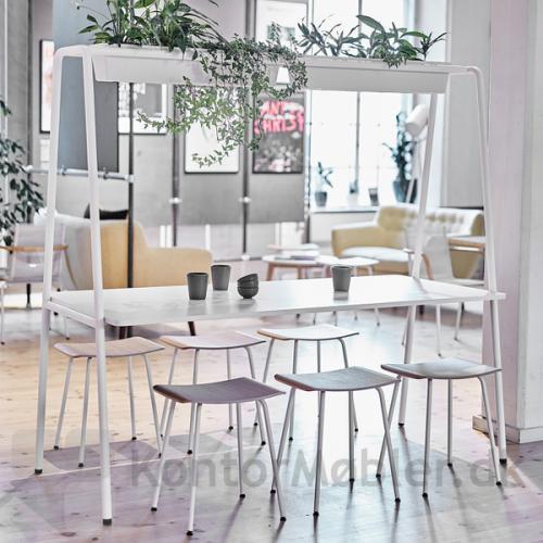 Four Real A miljøbord kan også vælges med hvid bordplade