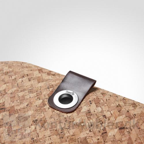 Med øjet i børstet stål kan aflastningsmåtten hænges op