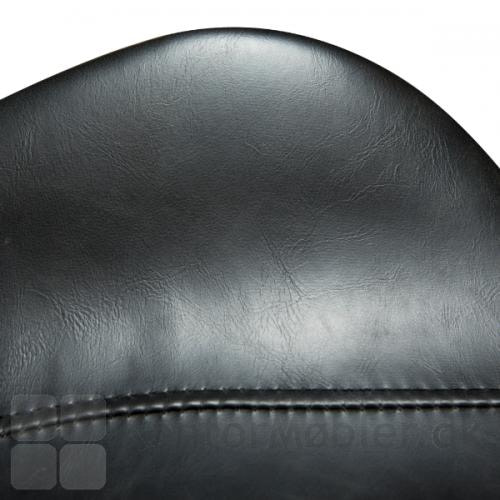 Gaia barstol i sort kunstlæder - udsnit af armlæn