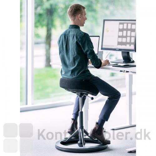 Back App 2.0 Ergonomisk saddel sæde tvinger ryggen til at holde balancen. God træning for ryggen