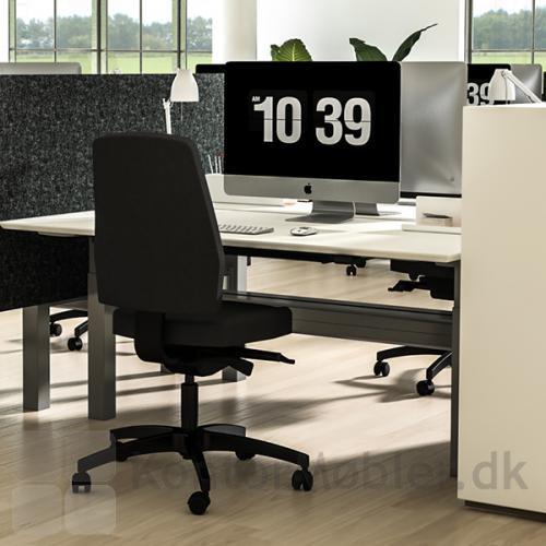 Thor ergonomiske kontorstol for god komfort og holdbarhed