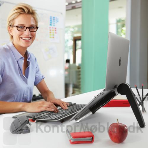 Ønskes Rollermouse Red Plus, tastatur og laptop stand, kan man vælge det trådløse Travel Kit