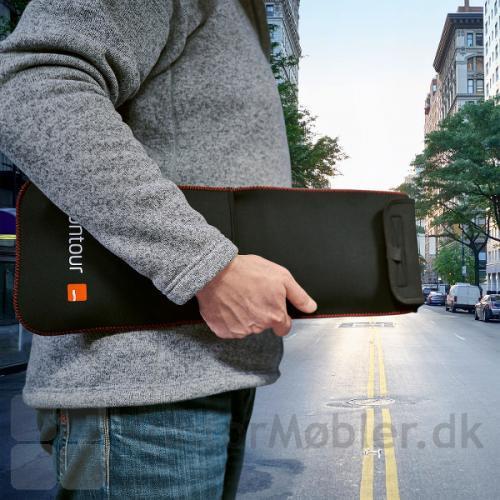 Contour Travel Kit lige til at tage under armen, på vej til arbejde