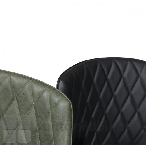 Rombo armstol i læder er polstret med diamantmønster i ryggen, hvilket ser elegant ud og samtidig er behageligt at læne ryggen op af.