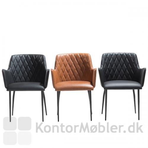 Rombo restaurantstol i kunstlæder fra Dan-Form. Fåes i 4 farver, sort, grå, lysebrun og grøn.