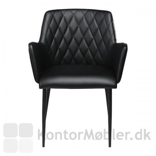 Rombo restaurantstol i Vintage kunstlæder. Stolen er fremstillet af Dan-Form i Skandinavisk stil. Her ses stolen i en flot klassisk sort.