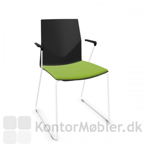 FourCast´2 Line mødestol med hvidt stel og sædepolstring