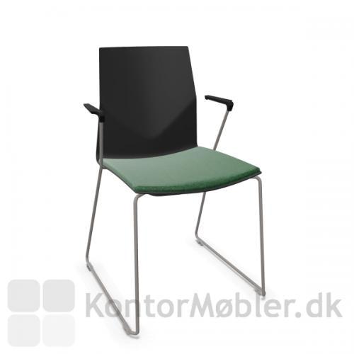 FourCast´2 Line mødestol med sædepolstring og stel i farven varm grå