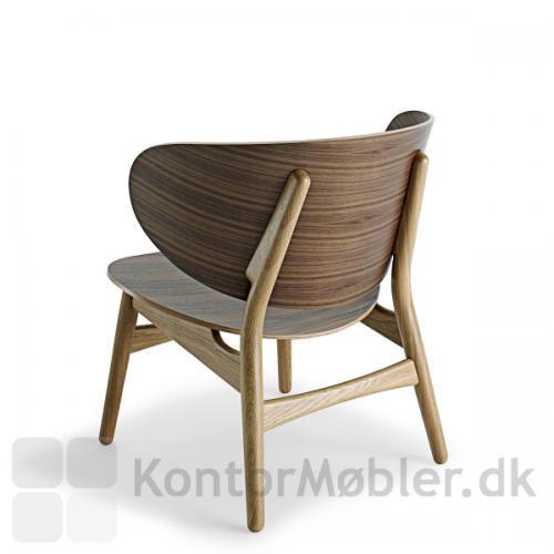 GE 1936 Wegner stol med valnød ryg samt sæde. Ben i massiv egetræ