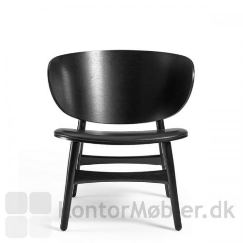 GE 1936 Wegner stol i sortbejdset eg, med sort læder polstring på sædet