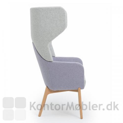 Harc Tub loungestol med høj ryg og egetræs ben