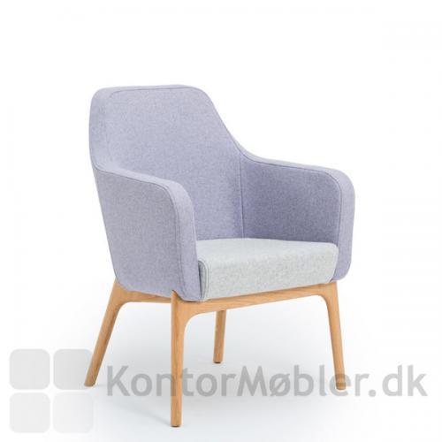 Harc Tub loungestol med lav ryg og egetræsben