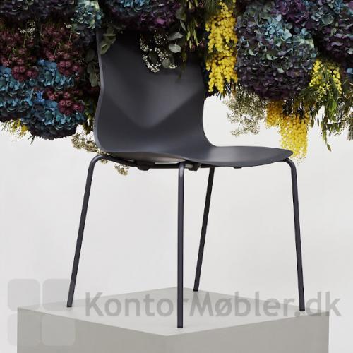 Four Sure kantinestol i sort. Flot design og god siddekomfort