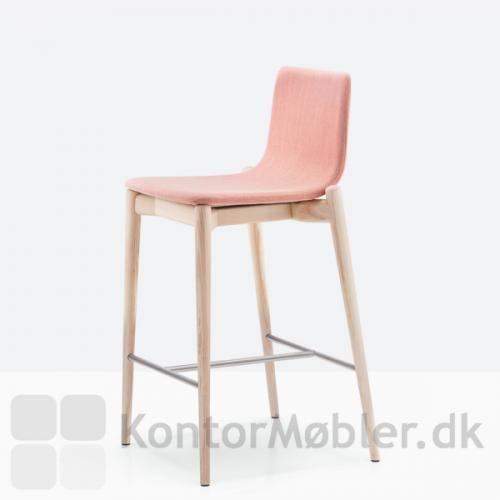 Malmö barstol 242 med polstring, sædehøjde 65,5 cm