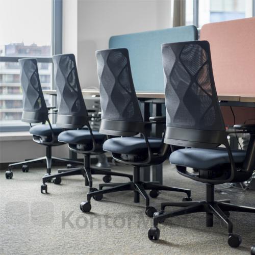Connex2 kontorstol med netryg er en favorit på kontoret