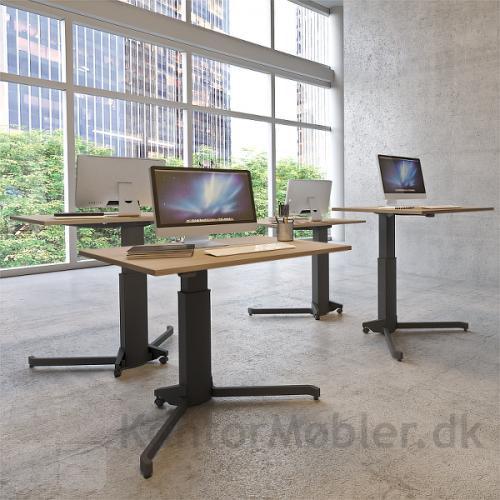 Conset 501-7 enkelt søjle hæve sænke bord med sort stel og rektangulær bordplade