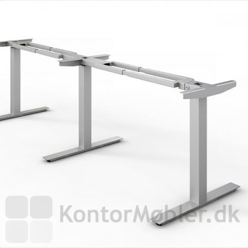 Alu stel med kvadratiske søjler til Videokonference bord