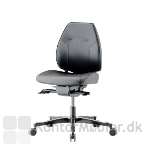 Lanab Challenge 6330+ kontorstol i lækker, blød Elmosoft læder.