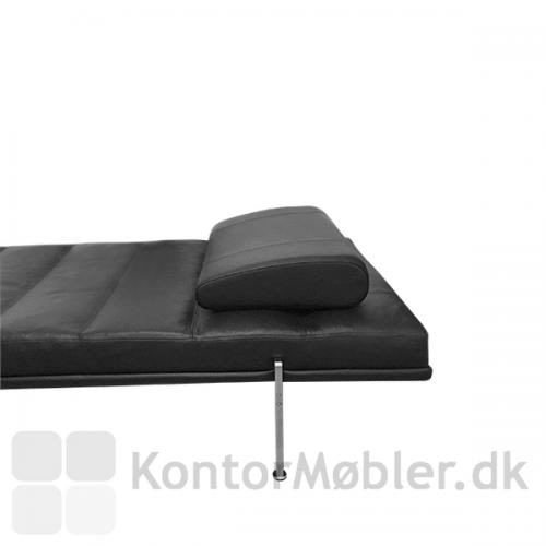 Nakkepude til din Capri daybed i flot design og god komfort