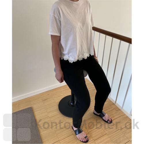 Lanab Take 1020 ergonomisk ståstøttestol med saddel sæde