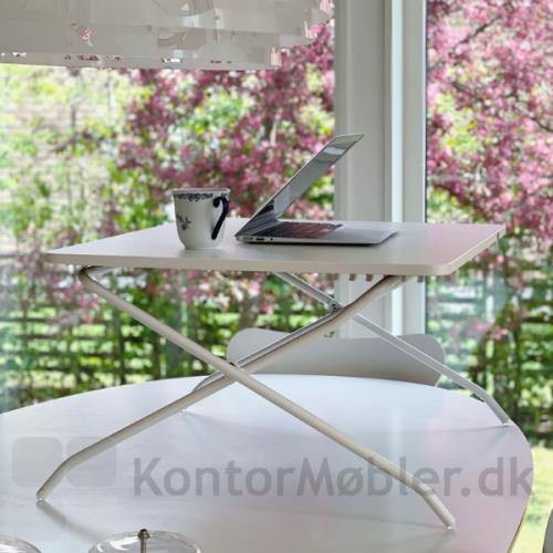 Mini desk i hvid