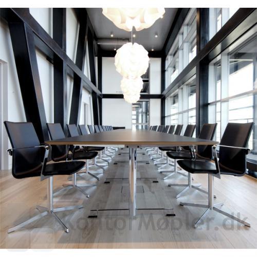 Four Cast XL elegant kontorstol til konferencelokalet