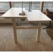 Conset dobbelt hæve sænke bord i hvid