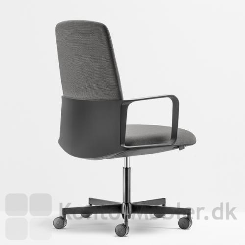 Temps design kontorstol med formstøbt ryg og armlæn i polyporpylen