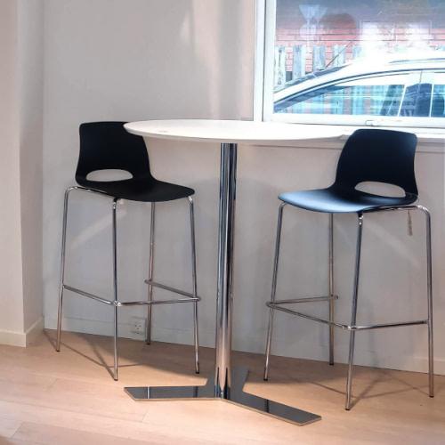 Cafébord med krom stel