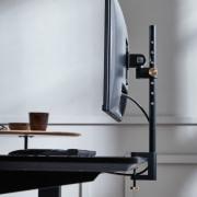 Justerbar monitorholder til skrivebord