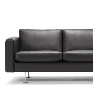 Wegner Century 2000 sofa