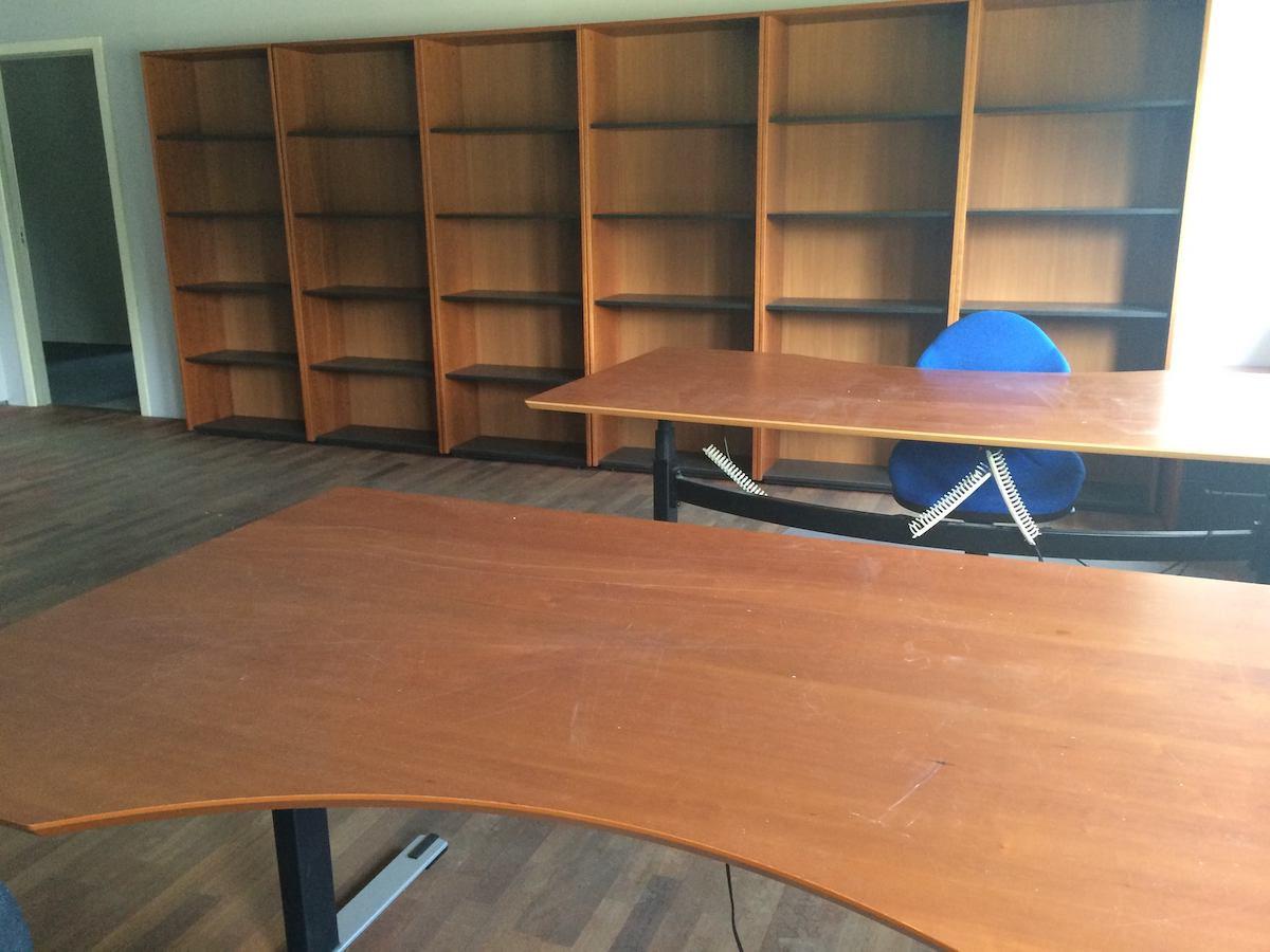 brugte kontormoebler